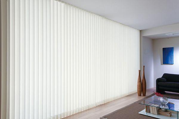 Không chỉ ở không gian văn phòng mà rèm lá dọc có thể được lắp đặt và sử dụng ở bất kỳ không gian hiện đại nào